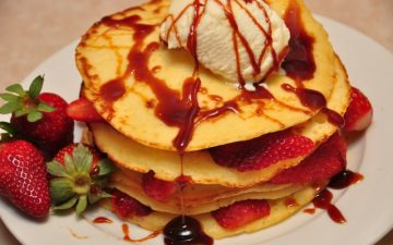 Sweet Ricotta Pancakes with VinCotto syrup